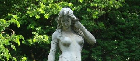 statue-877300_640_alfonso7